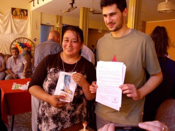 Nancy Rodríguez, cacique de la comunidad diaguita calchaquí Loro Huasi, con sus semillas Bioleft